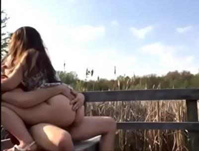 Novinha Transando Na Rua Com Namorado Dotado Flagrados Transando